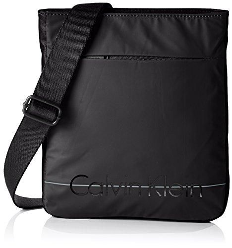 Oferta: 55.01€. Comprar Ofertas de Calvin Klein JeansLOGAN 2.0 FLAT - Bolso bandolera Hombre , color Negro, talla 28x25x3 cm (B x H x T) barato. ¡Mira las ofertas!