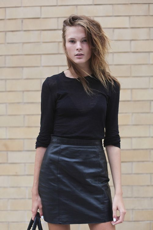 blackandskirt