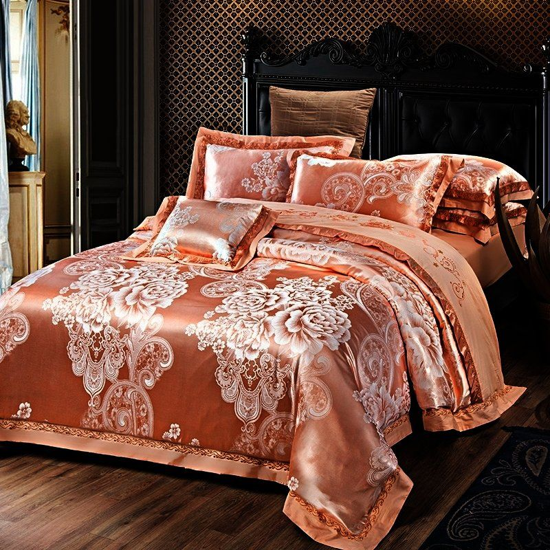 Champagne Gold And Silver Vintage Flower And Paisley Pattern Retro Style Embroidered Design Jacquard Bedding Sets Luxury Bedding Sets King Size Comforter Sets
