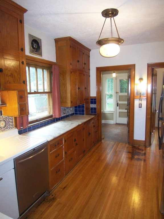 A Kitchen With Vintage Character: Nice Fir Cabinets In Kitchen. Outstanding Historic Prairie