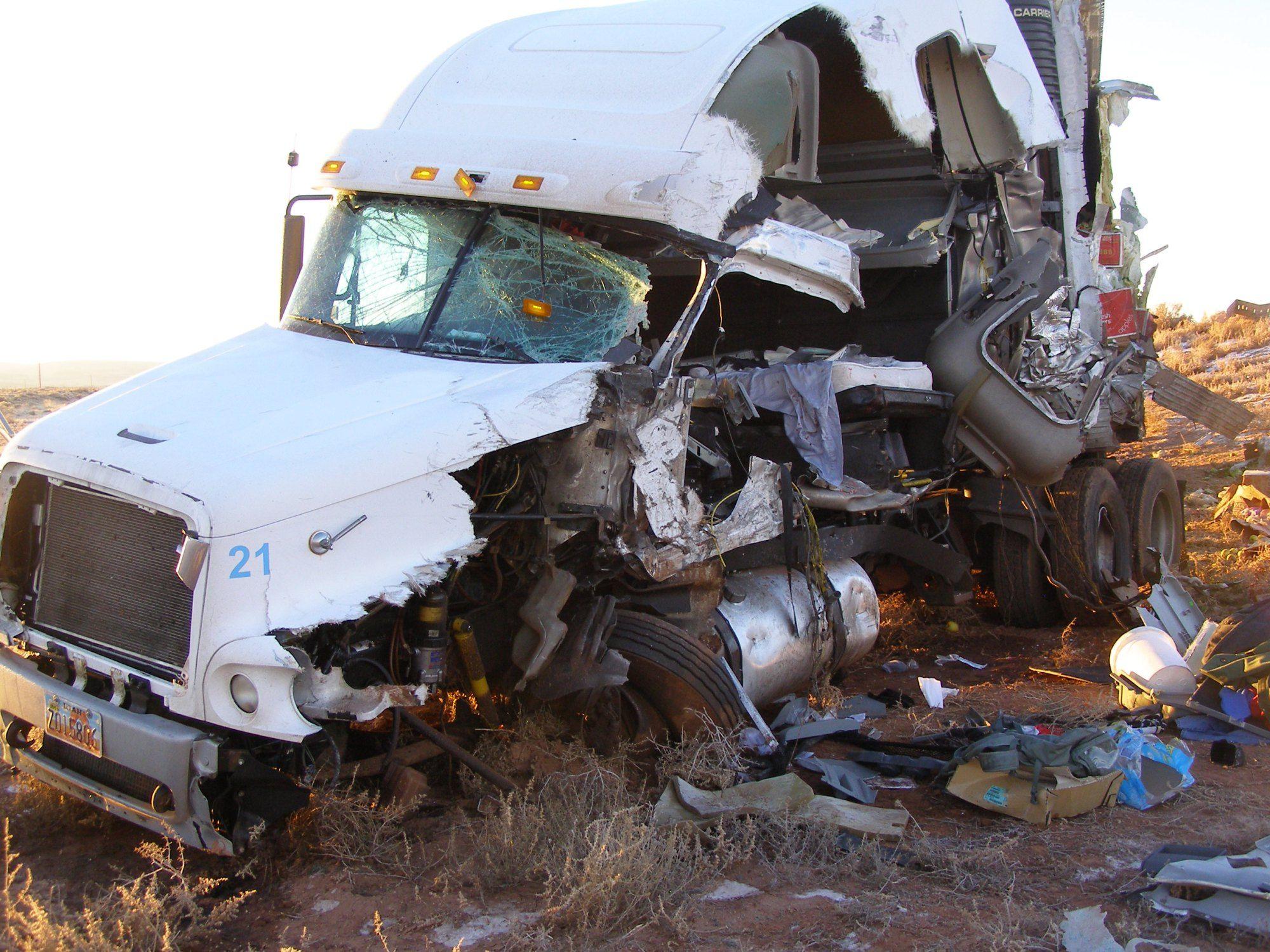 Truck Accident Google Search Trucks Big Trucks Car Crash