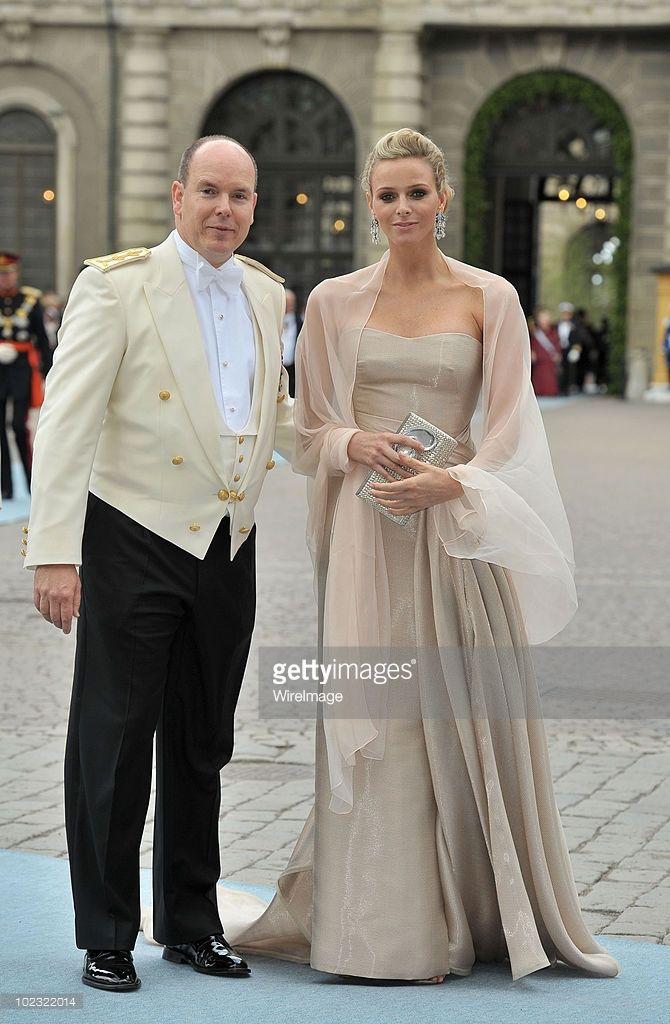 Prince Albert Of Monaco And Girlfriend Charlene Wittstock Attend The Die Braut Des Prinzen Kronprinzessin Victoria Prinzessin Victoria