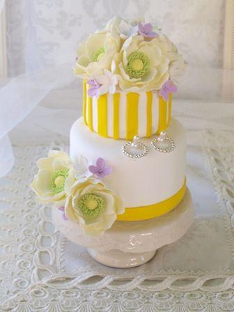 個性的なケーキを