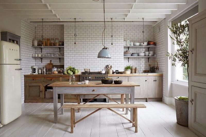 Cocinas con azulejos tipo metro para una atmósfera vintage