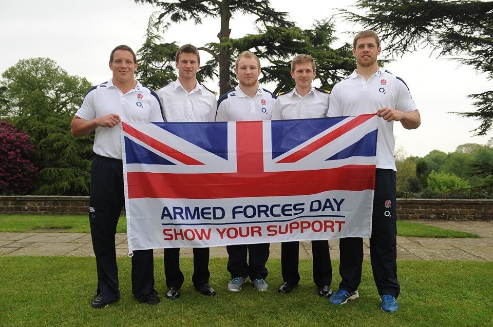 England 7s World Cup Squad members getting behind our troops