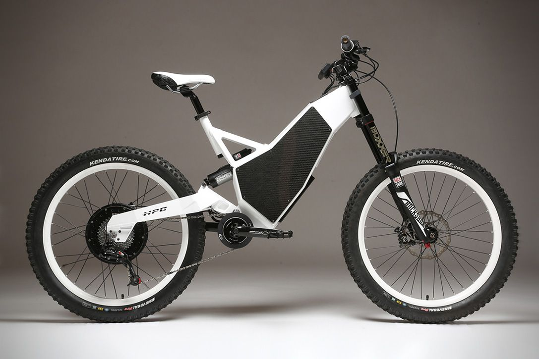 The Revolution Is A Usa Made Electric Bike That Hits 60 Mph In The