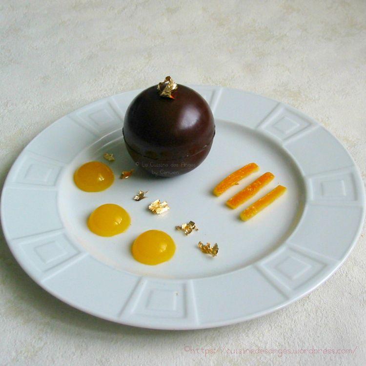 Mousse Au Chocolat Noir Et Ecorces D Oranges Confites En Coque De Chocolat Mousse Chocolat Noir Mousse Au Chocolat Chocolat Noir