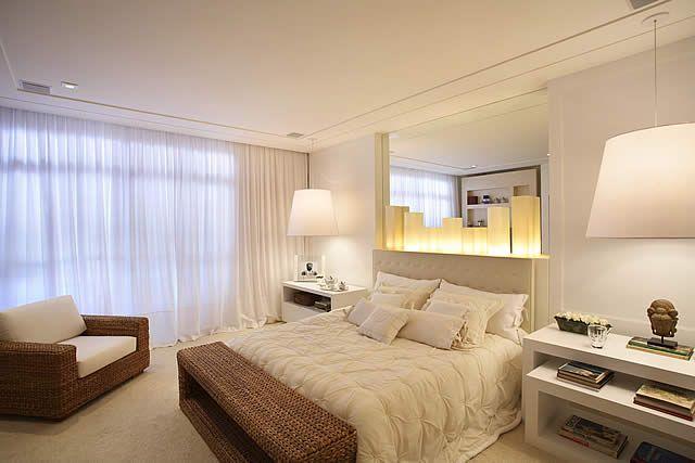 Espejos en el dormitorio como usar los espejos para - Decoracion con espejos ...