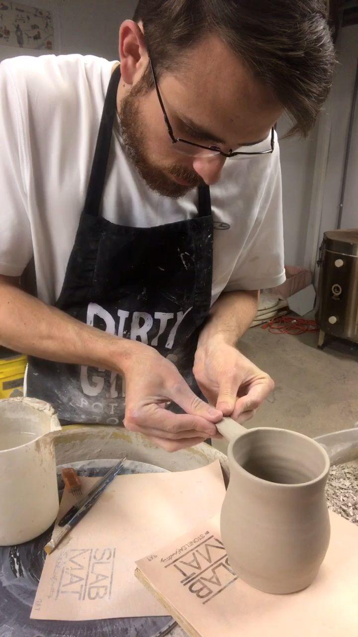 Handle attachment on ceramic mug - RD Ceramics