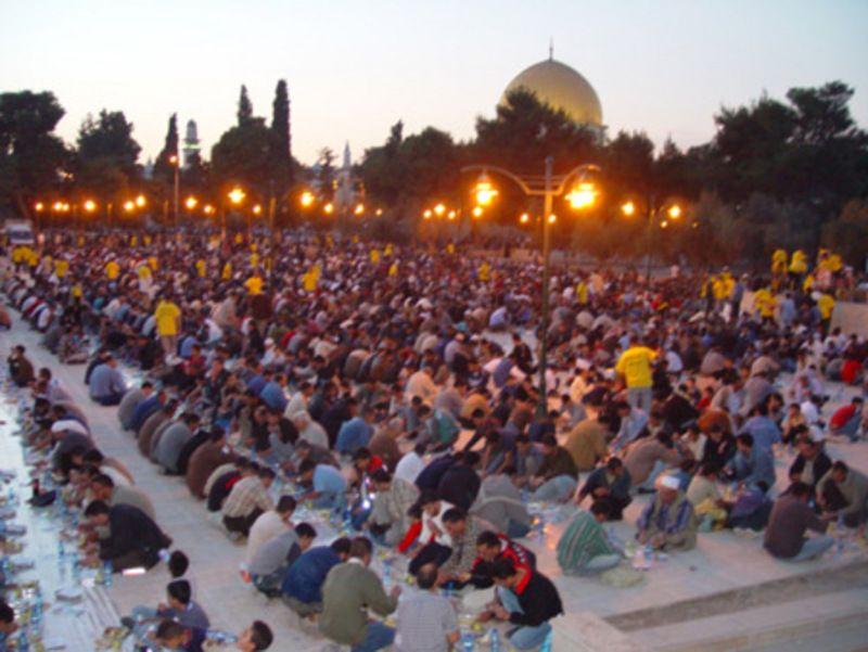 موائد الرحمن في رمضان Dome Of The Rock Dolores Park Photo