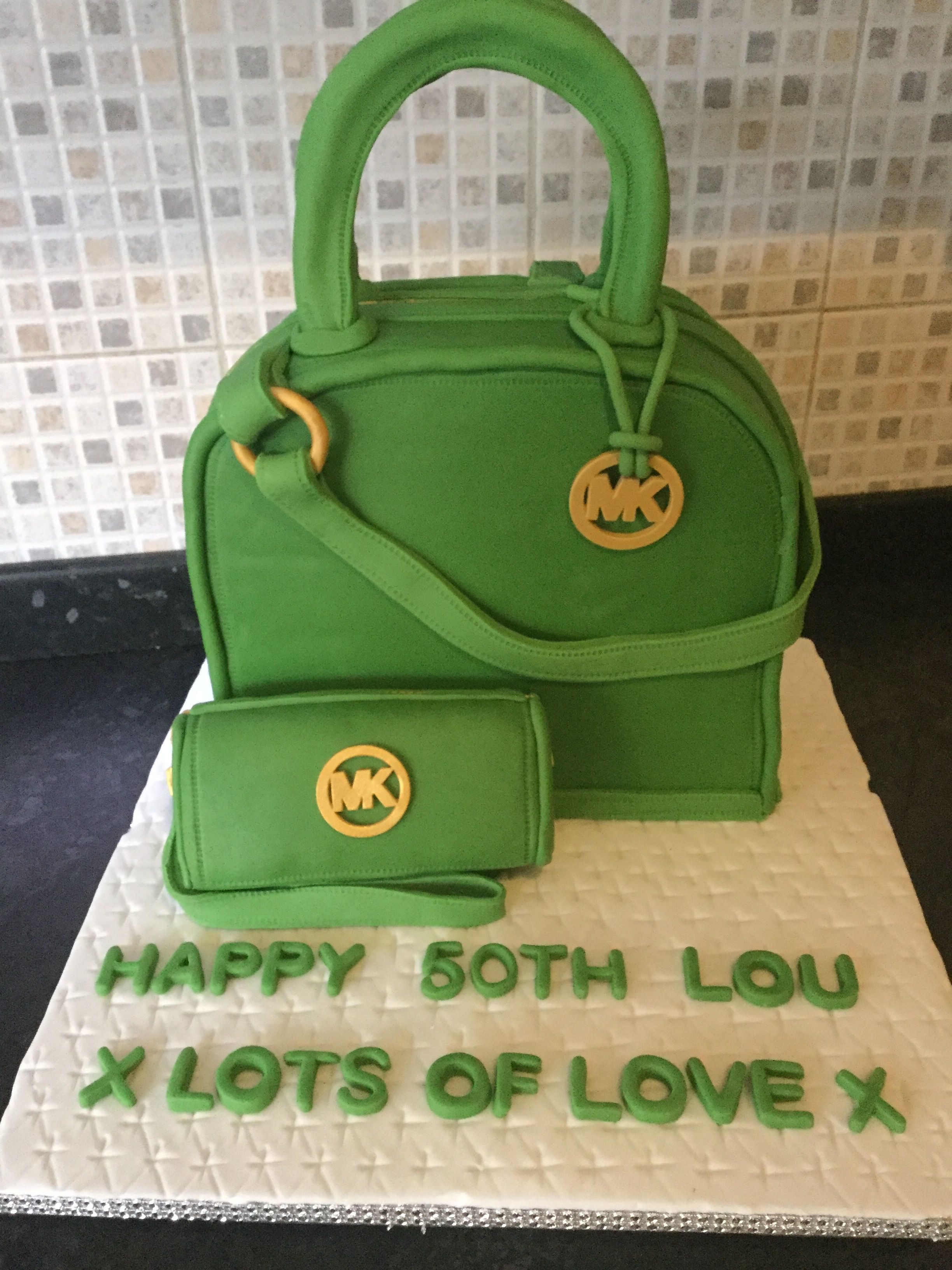 Lunch box image by debbie newman on cakes and sweet things