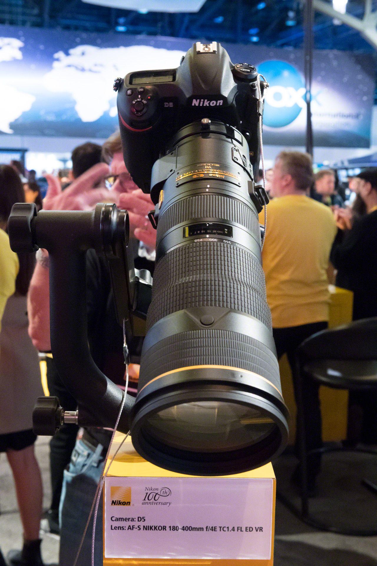 Nikon Nikkor AF-S 180-400mm f/4 ED TC VR lens unboxing