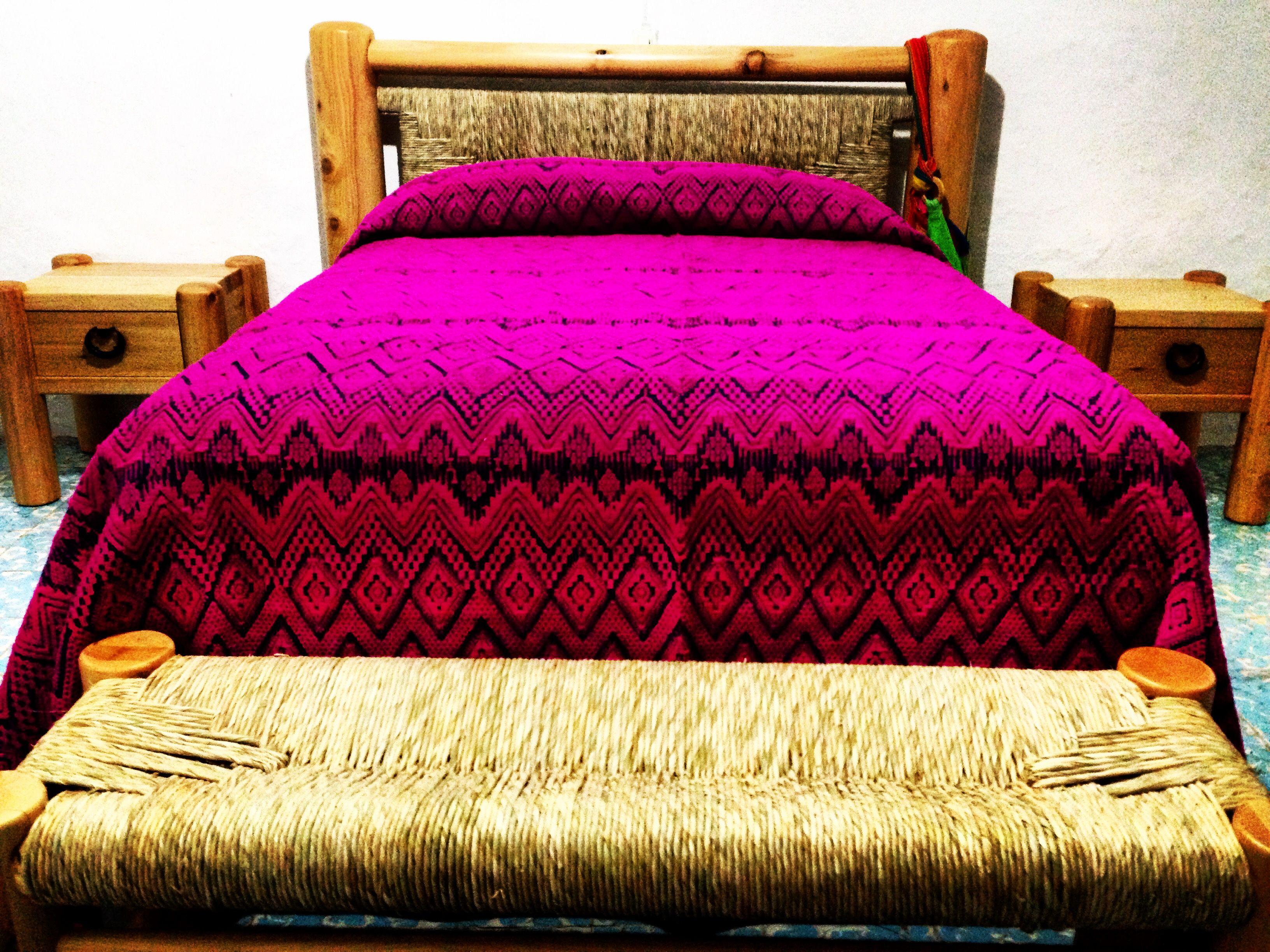 Colcha de lana. San Cristóbal de las Casas, Chiapas. Muebles de la ...