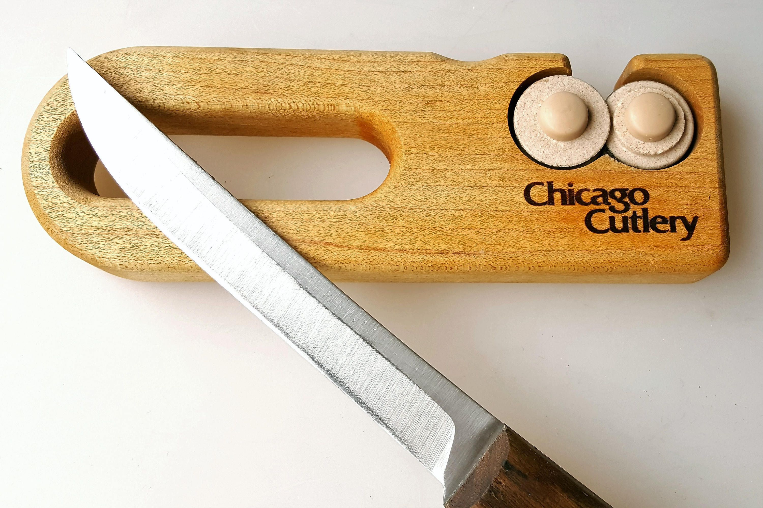 Chicago cutlery knife sharpener handheld wood with