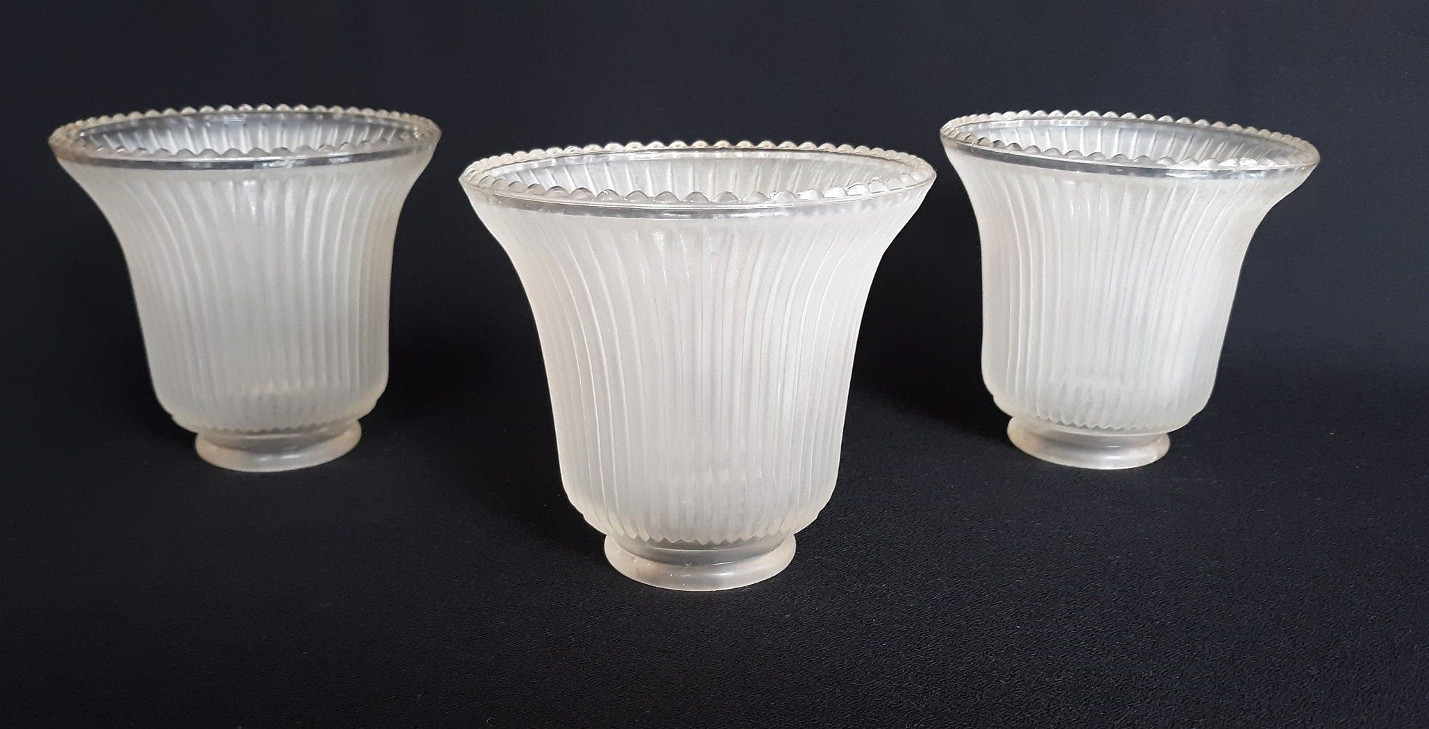 Vtg Set Of 3 Replacement Frosted Ribbed Glass Bell Shades Ceiling