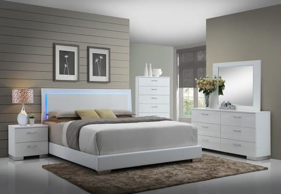 203500q 5 Pc Felicity Iii Contemporary Style Glossy White And Chrome Finish Wood Queen Bedroom Set With Led Paneled Headboard Modern Bedroom Set Bedroom Sets Queen Master Bedroom Furniture