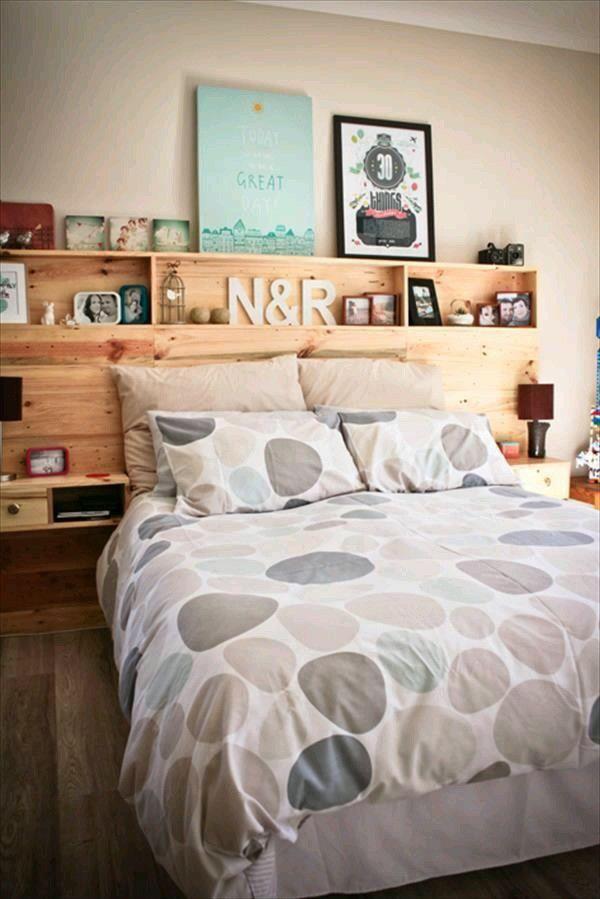 Kreativ, Kopfteil Mit Regalen, Paletten Kopfbrett, Schlafzimmerdeko,  Schlafzimmer Ideen, Regal Ideen