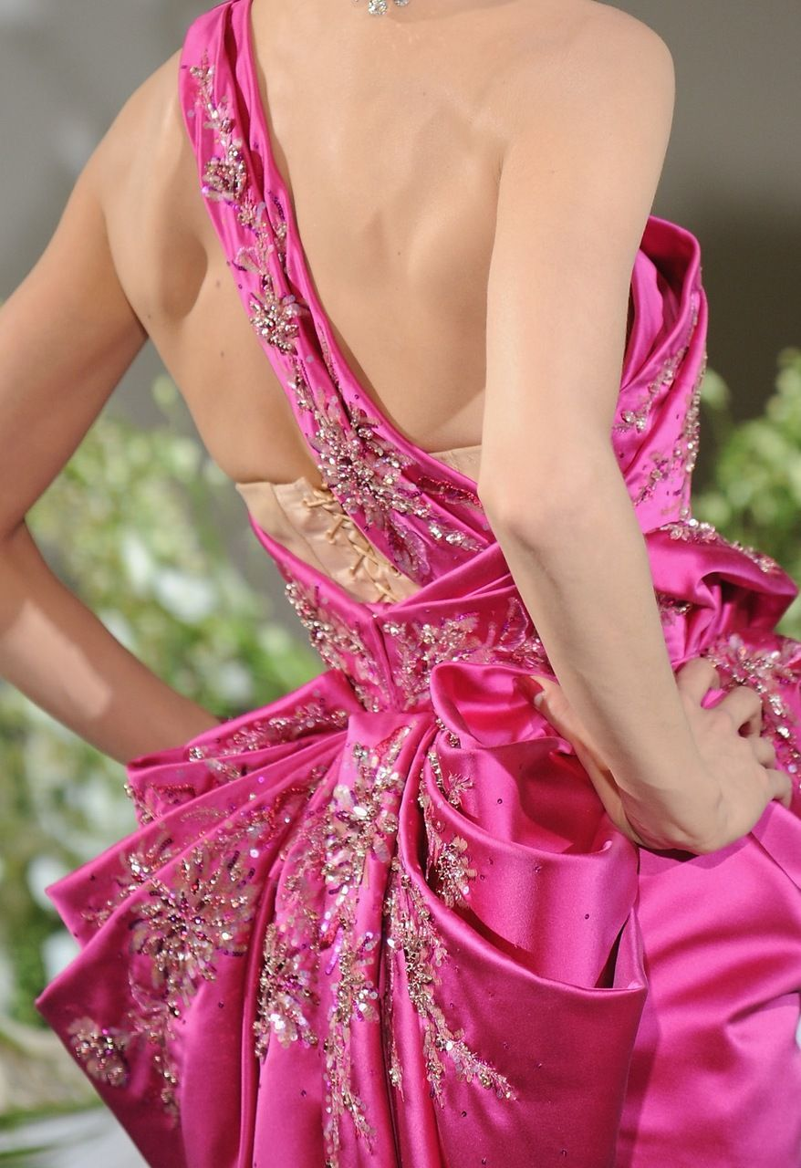 Hot pink Dior haute couture | ~!~ MY ALTA COSTURA ~!~ | Pinterest ...