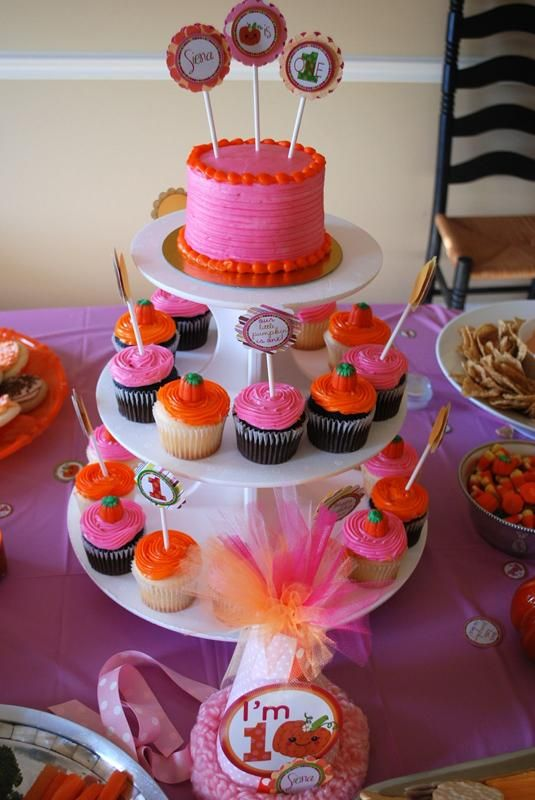 birthday cake/cupcake idea use Red/yellow instead of pink for boy - halloween ideas party