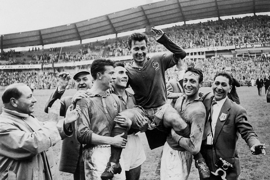 Just Fontaine,13 scores,1958 World Cup Sweden Just