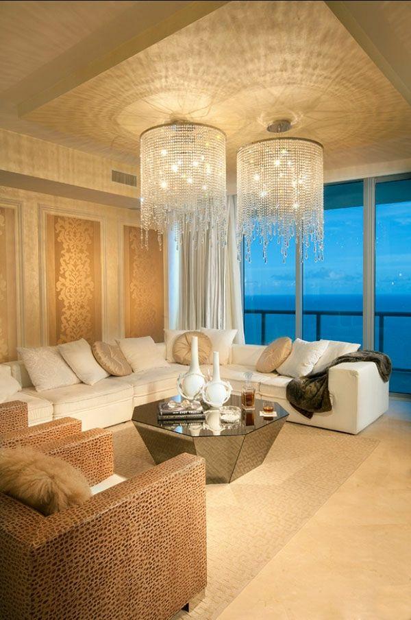 Hochwertig Wohnzimmer Idee   Kronleuchter Aus Glas   Wie Ein Modernes Wohnzimmer  Aussieht U2013 135 Innovative Designer Ideen