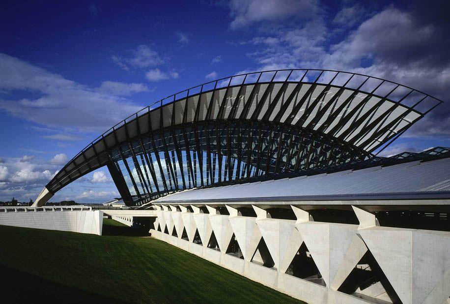 Calatrava lyon saint exupery airport railway station - Arquitectura lyon ...