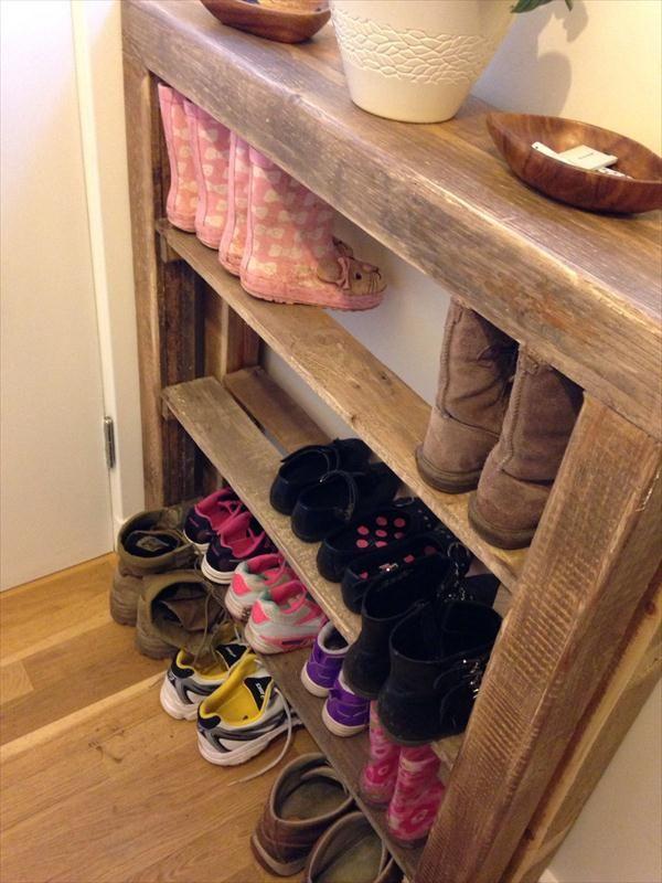 Zapatero hecho con palets zapateras palets y recibidor for Como hacer una zapatera de madera sencilla