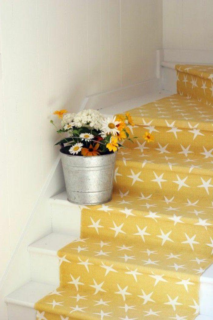 Le tapis pour escalier en 52 photos inspirantes escalier pinterest tapis pour escaliers - Tapis pour escalier en bois ...