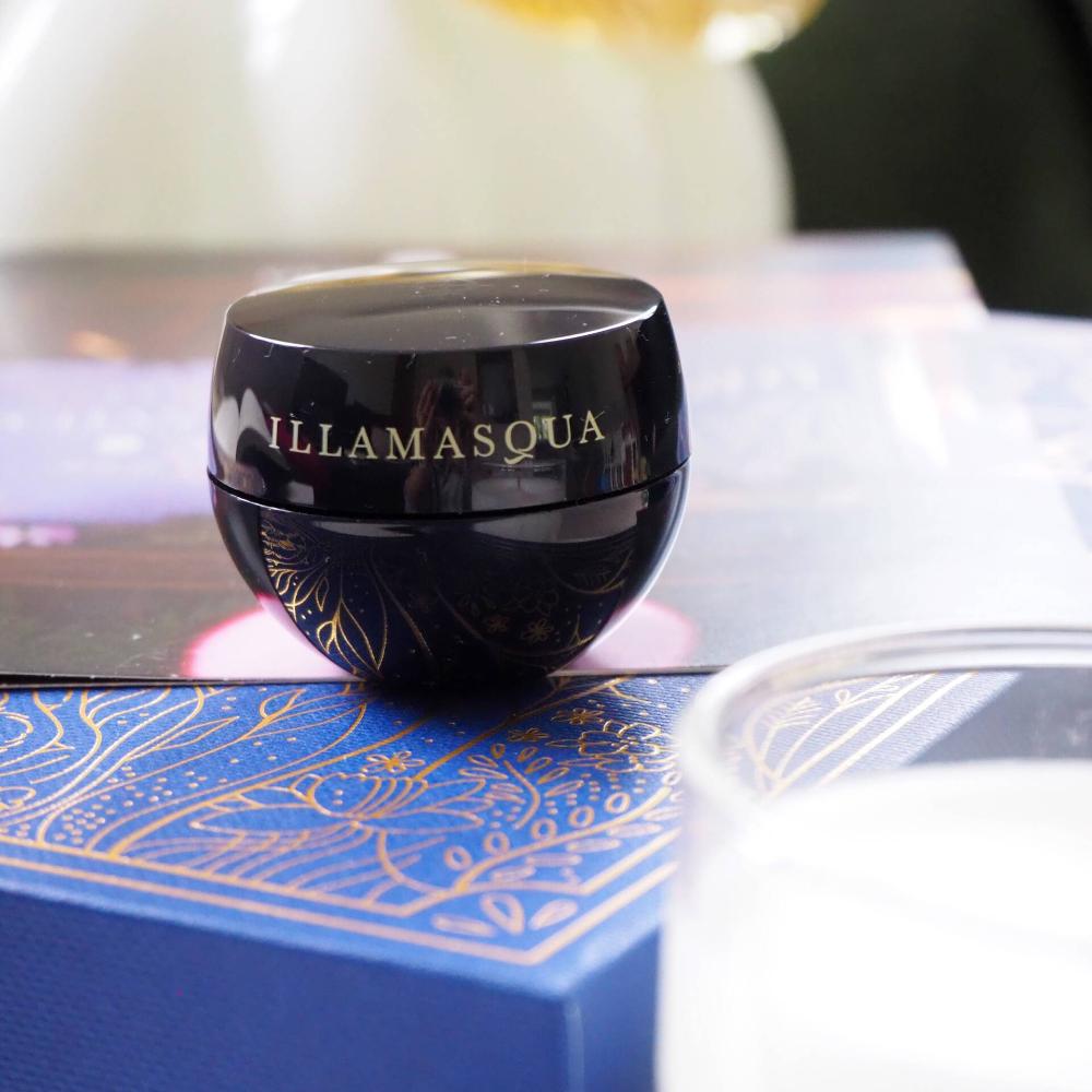 Illamasqua Hydra Veil Illamasqua Hydra Veil Best Eye Cream Glossybox