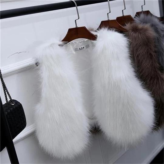 GOPLUS 2018 New Winter Womens Faux Fox Fur Vest Long Furry Shaggy Woman Fake Fur Vest Fashion Plus Size Fur Vests High Quality