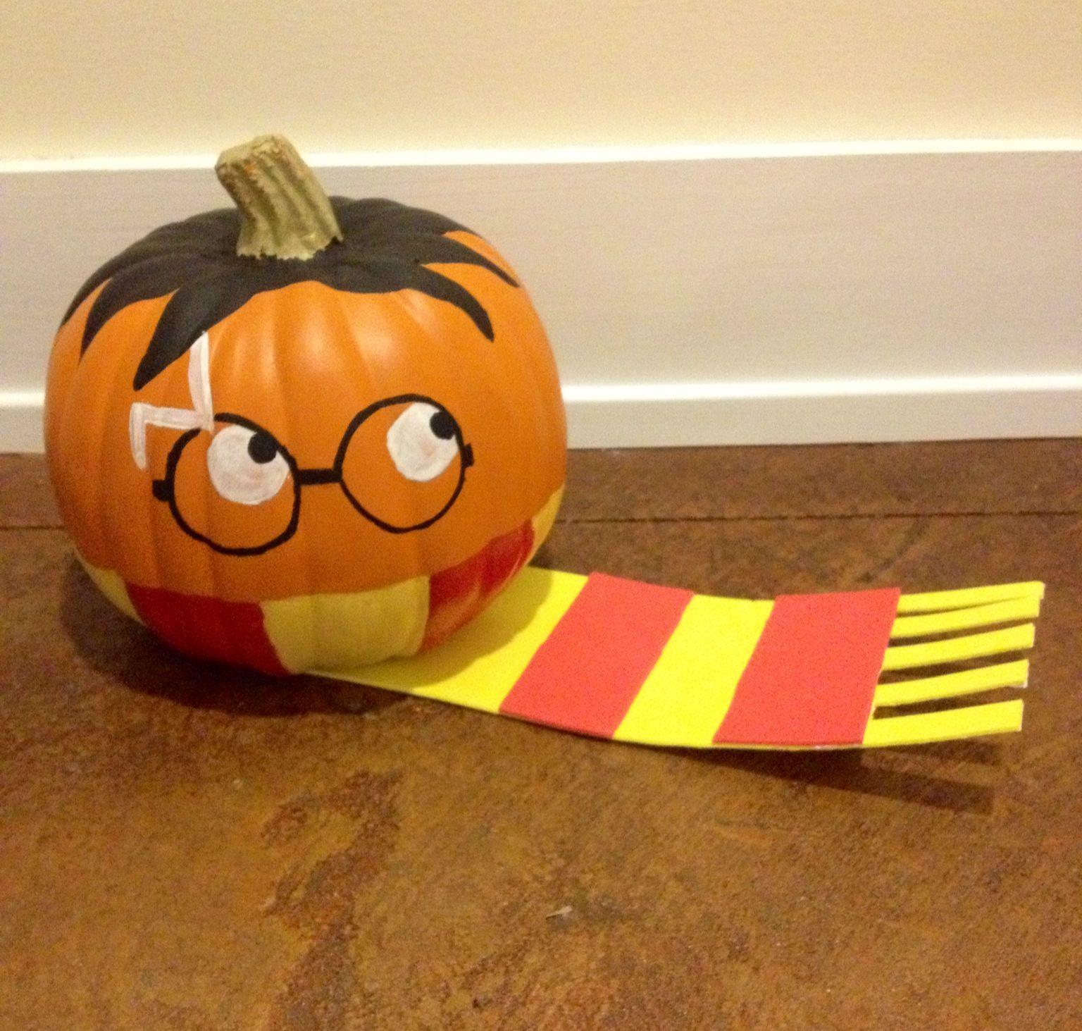 Harry Potter painted pumpkin Harry potter pumpkin, Fall
