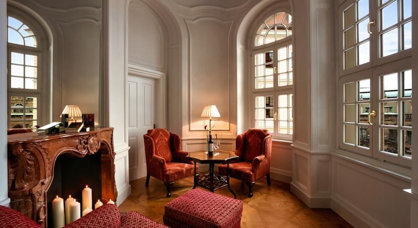 Booking.com: Hotel Taschenbergpalais - Dresda, Germania