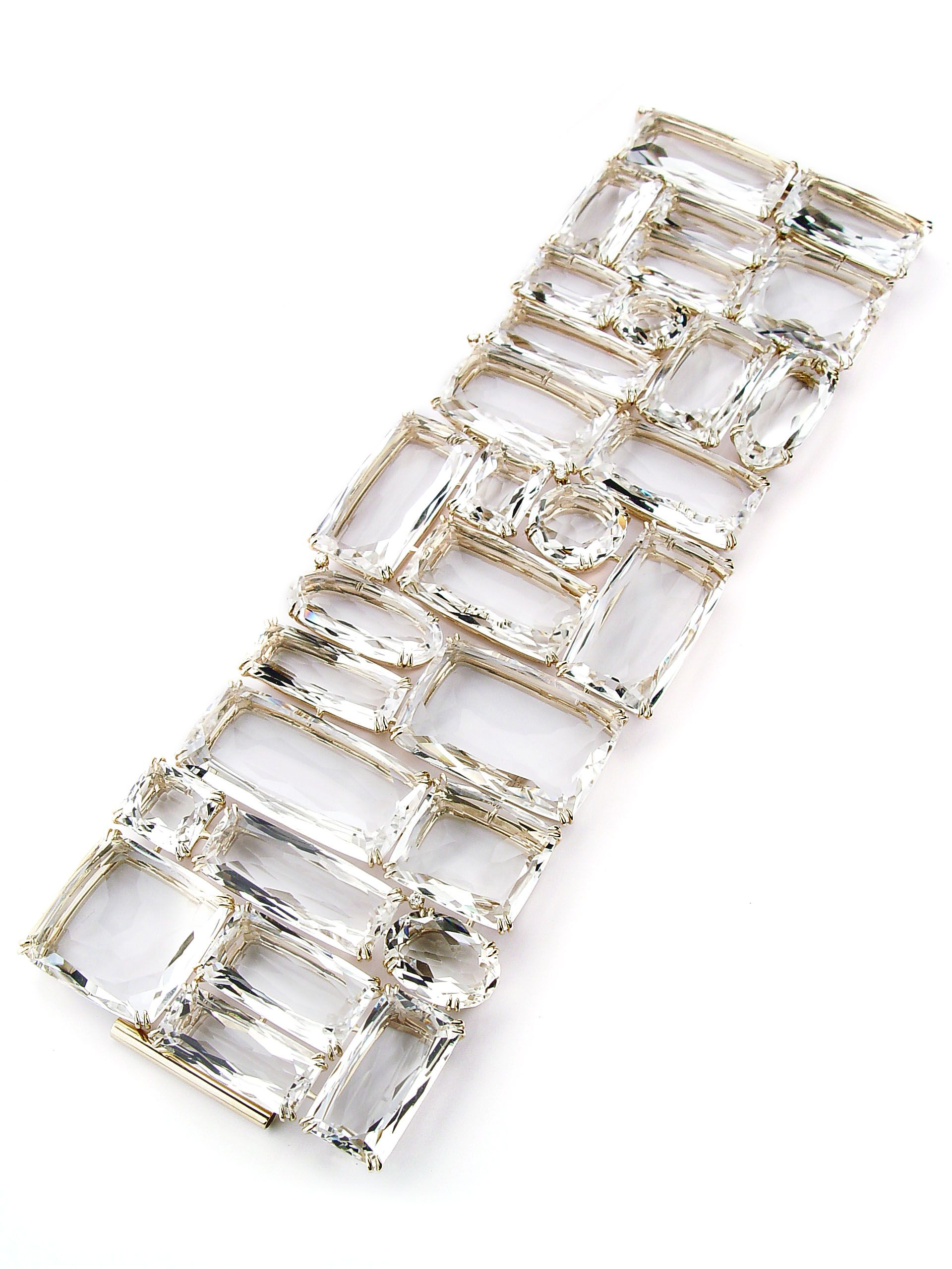 H.Stern Cobblestones bracelet in 18K yellow gold with rock crystal ...