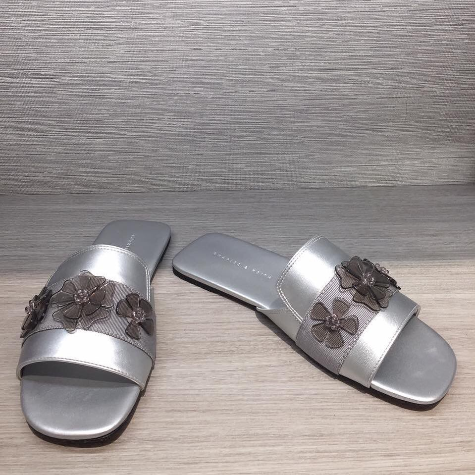Brand Charles Keith Color Silver Price 280 000 Size 36 37