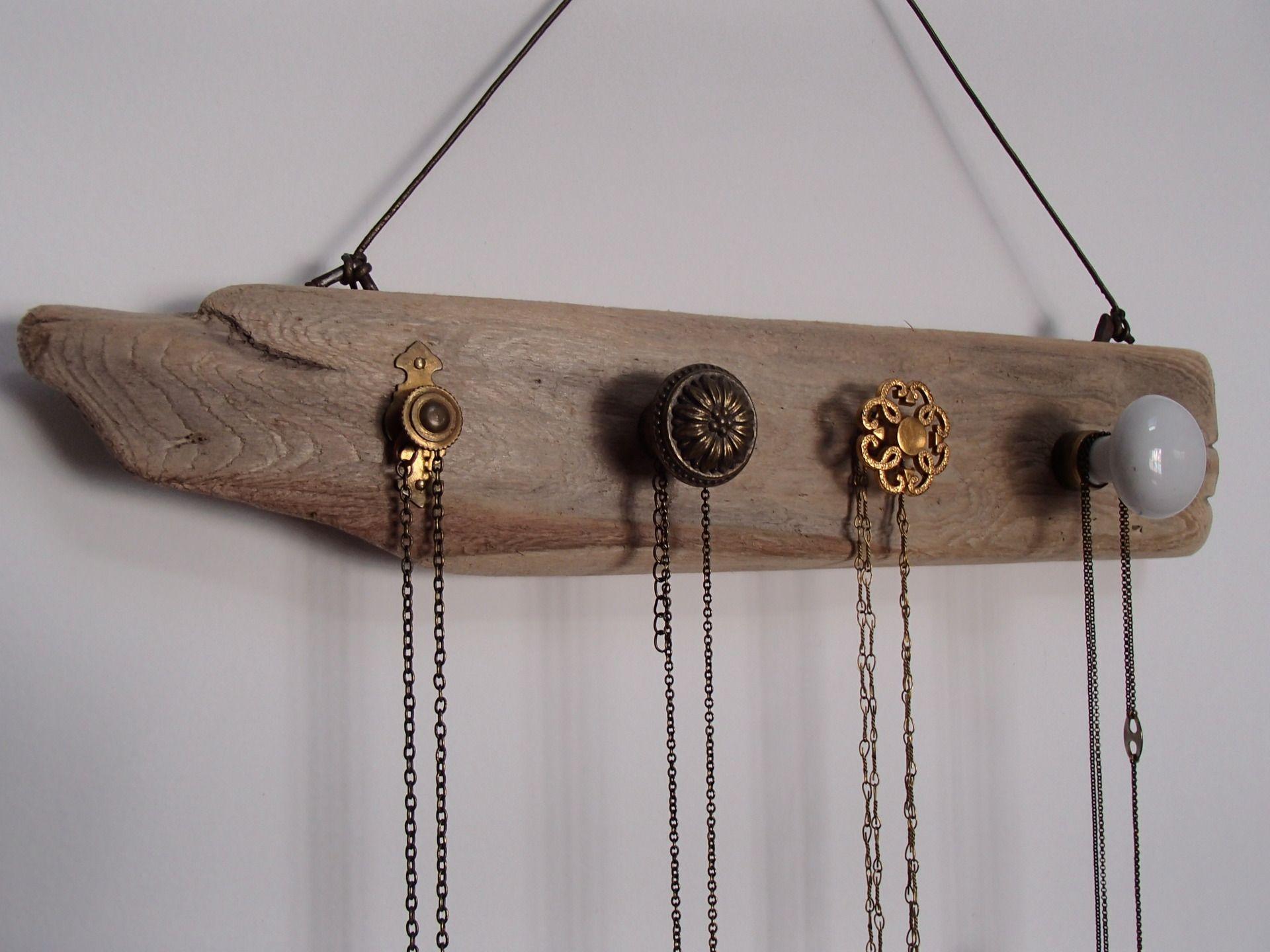 porte bijoux vintage en bois flott et m tal a fabriquer pinterest. Black Bedroom Furniture Sets. Home Design Ideas