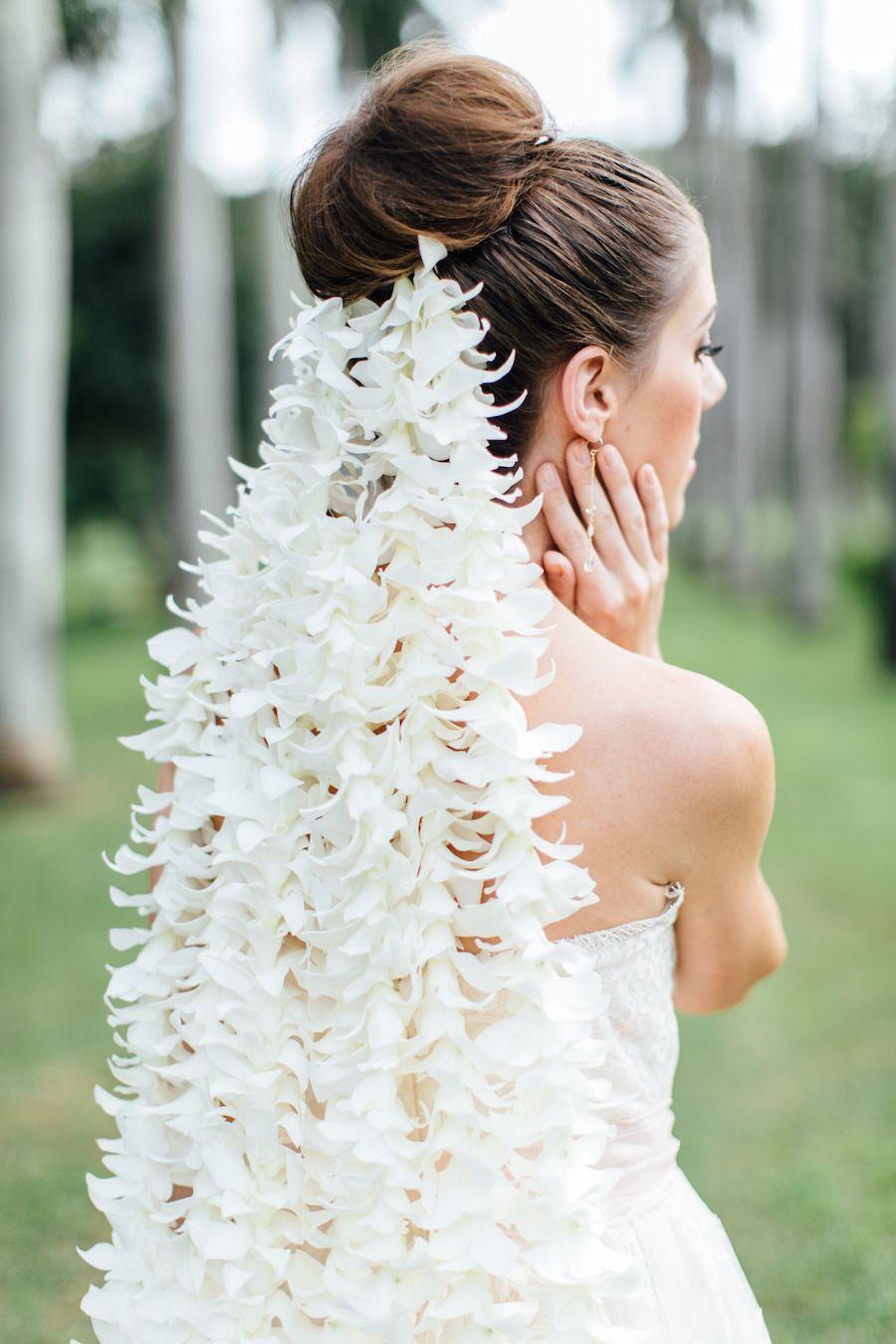 Romantic Hawaiian Bridal Inspiration Hawaiian Wedding Bridal Session Flower Veil