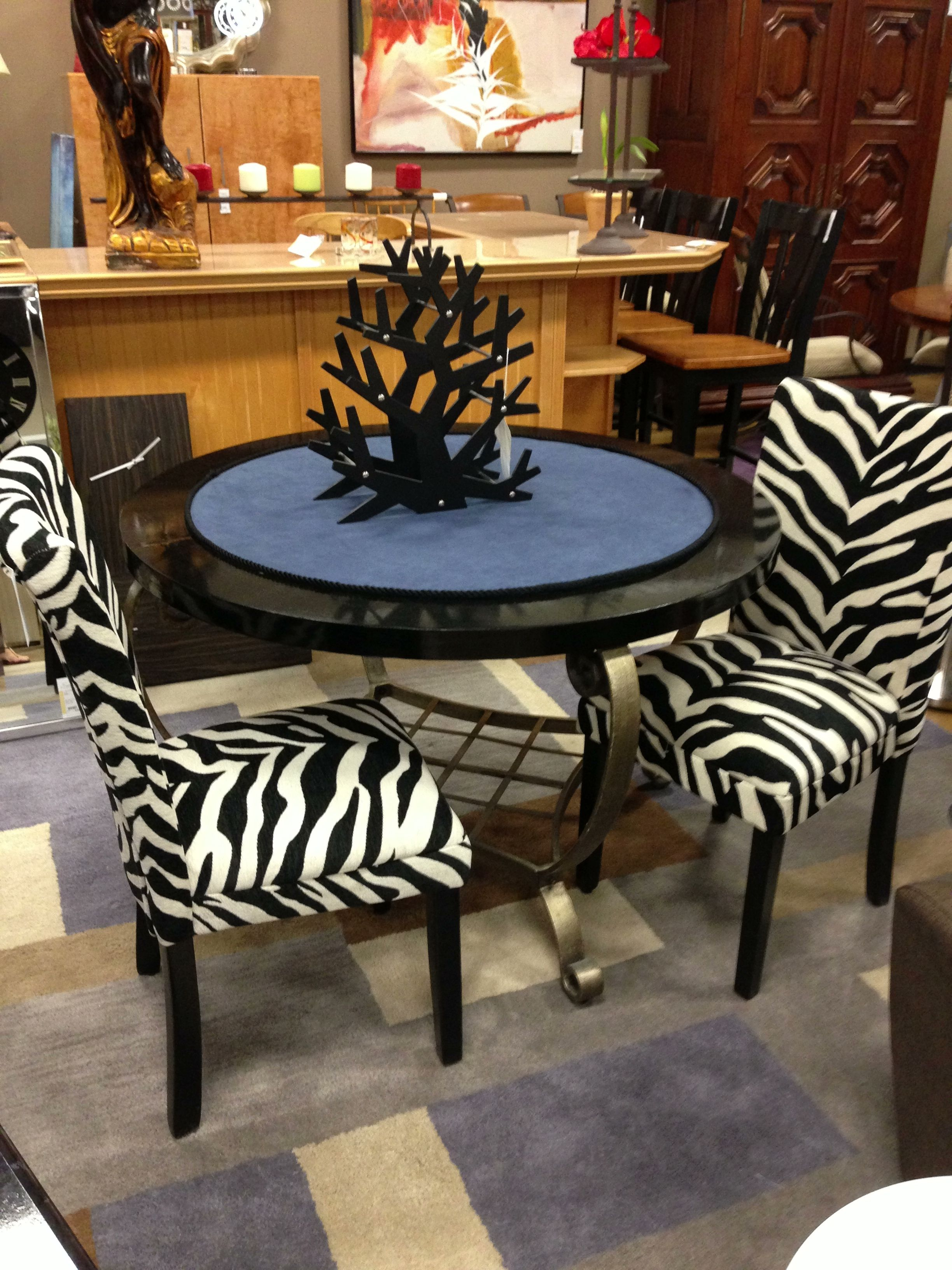Dining Set Encore Consignment Gallery Displays Pinterest Display