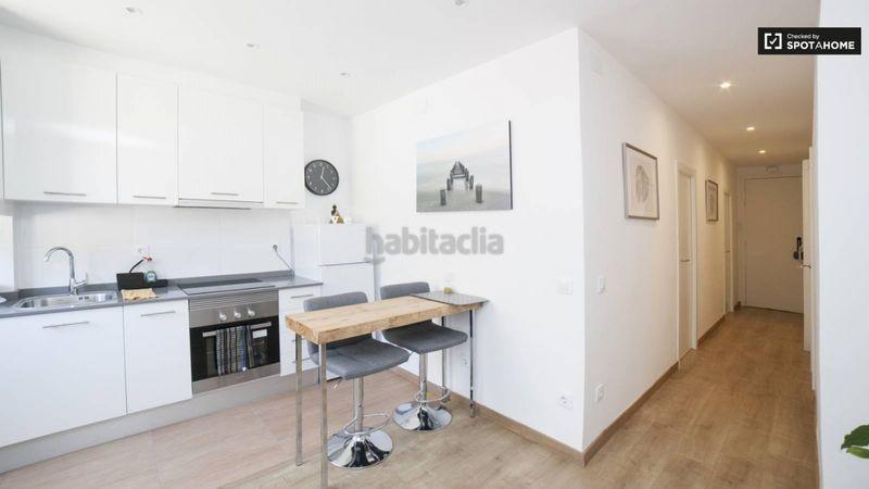 Foto 500 Img3788543 67977155 Alquiler Piso En Passatge Bori Beautiul Flat To Rent By The Bogatell Beach En Barcelona En 2020 Apartamento Moderno Pisos Alquiler