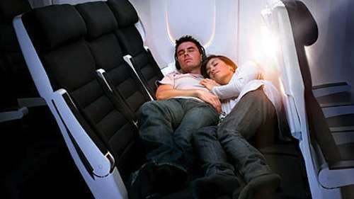 Air New Zealand 'Cuddle Class' in the Boeing 777-300 is for Couples #couples #Valentines