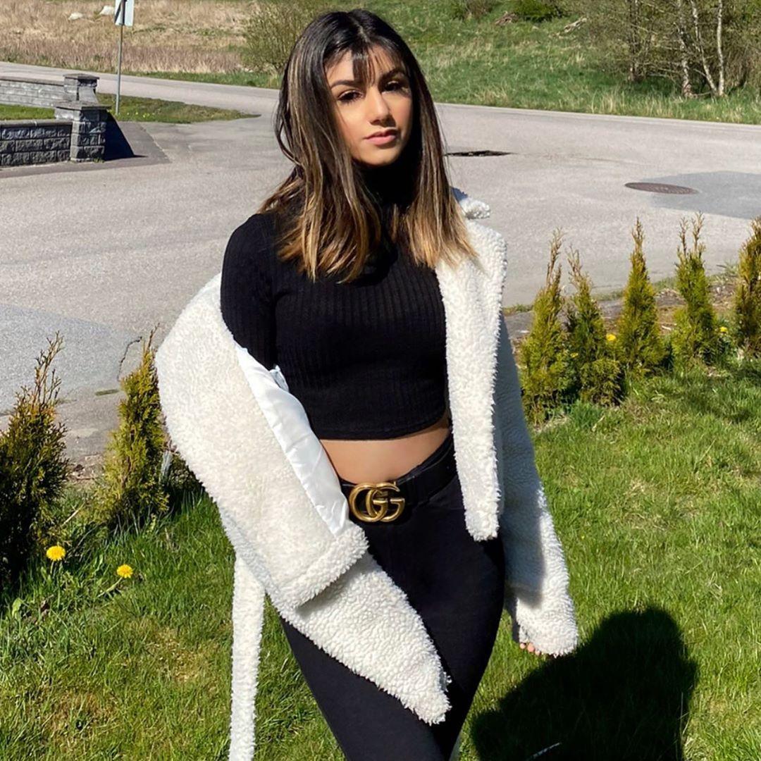 141 4k Likes 1 392 Comments Cedra Ammara Cedras Beauty On Instagram حاسة حالي طالعة شريرة وبريئة بنفس الوقت Girl Photos Fashion Best Profile Pictures