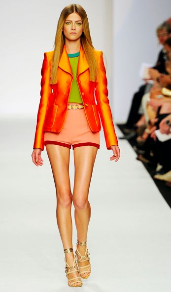 Split Complementary Colours Used In Fashion Here The 2 On Same End Of