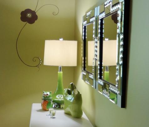 Walls: Devine Iguana in light-enhancing Devine Delicate Sheen ...