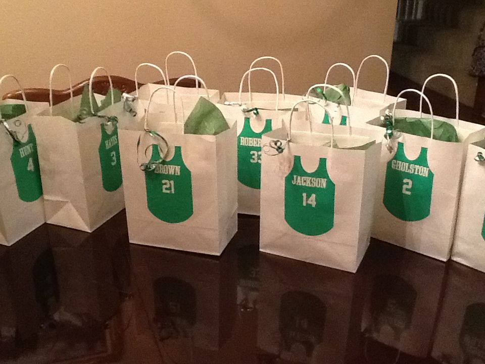 Basketball team goody bags my diy creations pinterest items similar to personalized team goodiegift bags on etsy negle Gallery