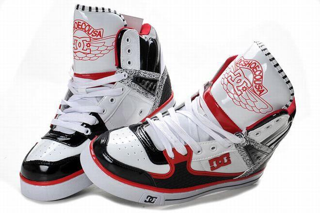 bargain mens dc high top skate shoes