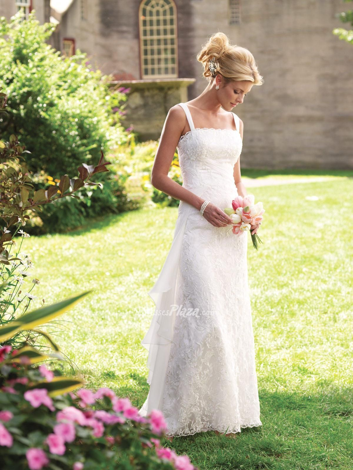 Amazing casual sleeveless a line lace scalloped square neckline floor length wedding dress