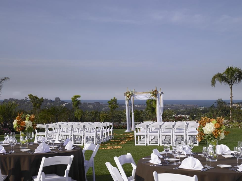 Sheraton Carlsbad Resort Spa Ocean Blue Lawn With Amazing Coastal Views Of Ca Beaches Outdoorweddings Oceanviewwedding