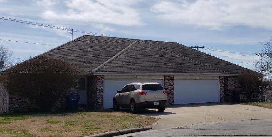 4139 South Parkhill Court Springfield Mo 65807 In 2020 Springfield Missouri Kansas Missouri Property Finder