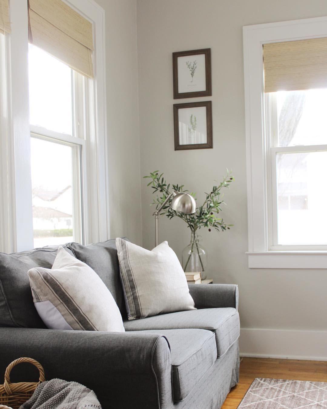Interior Sunroom Addition Ideas: Cozy Modern Farmhouse Sunroom Decor Ideas #sunroom
