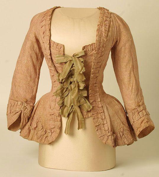 CASAQUIN: Pequeña variación de la casaca, prenda que se llevaba encima de la blusa, tambien se llamo pet-en-l'air y caracó, cuando se acompañaba de una larga saya.