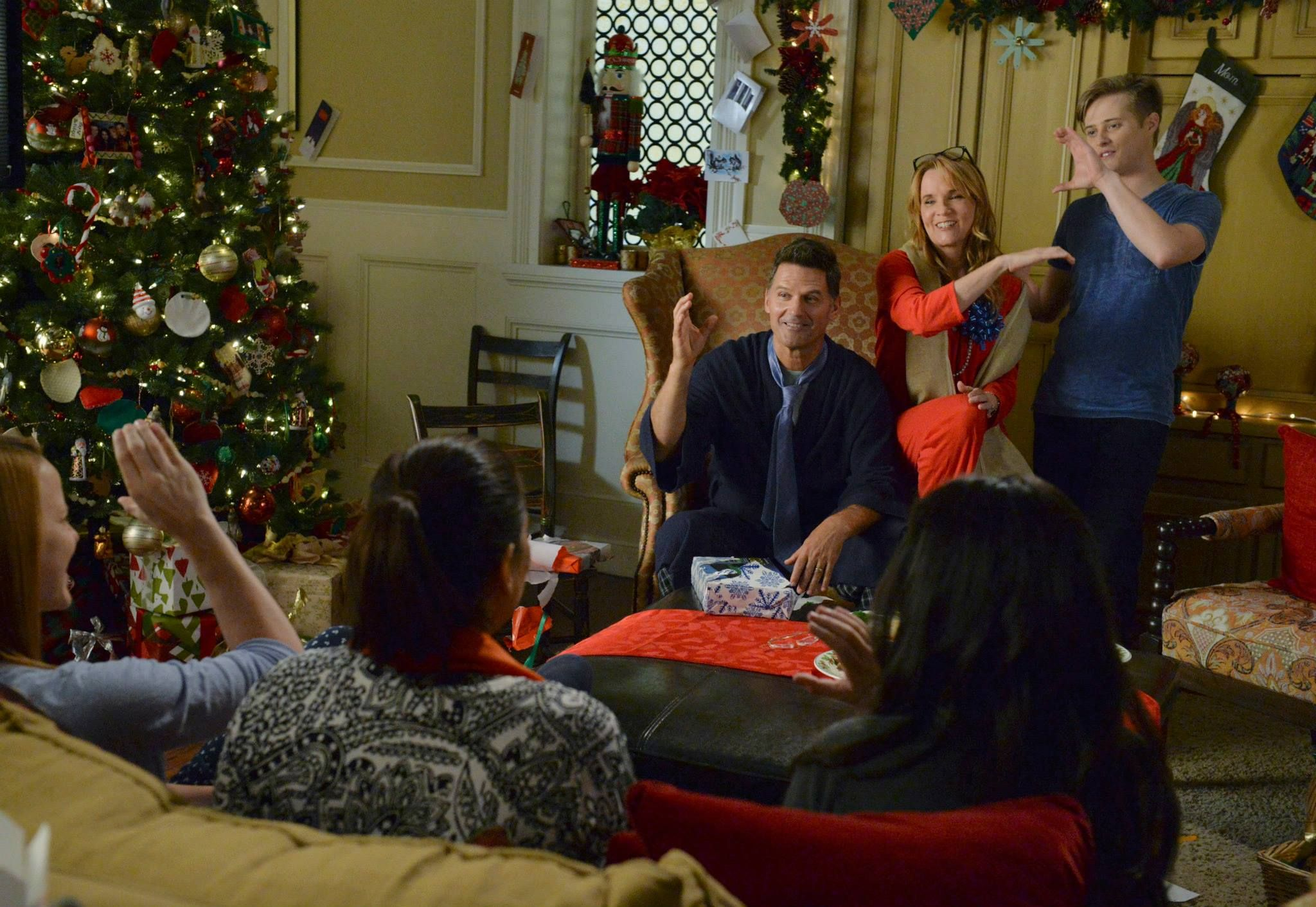 Don't miss the Switched at Birth Christmas Special on Monday, December 8 at 9/8c on ABC Family